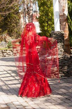 beautiful red Indian wedding dress