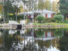 Talomme on myytävänä Etsitkö itsellesi uutta kotia järven rannalta? Täältä voi löytyä unelmiesi kohde Puruveden rannalla 50 m rantaa Tontti 1 700 m² Asuinpinta-ala 154 m² Makuuhuoneita 4, saareke avokeittiö ja olohuone. Saunatiloissa poreamme Hintapyyntö 462 000 € #talo #Finland #Suomi #visitfinland #house www.tori.fi/etela-savo/Puruveden_rannalle_koti__Punkaharju_42683696.htm?ca=18&w=113 www.pinterest.com/houseforsalefin www.instagram.com/houseforsalefinland/