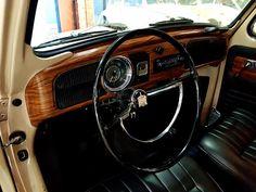 Vw Super Beetle, Fiat 128, Inside Car, Car Interior Design, Vw Vintage, Vw Cars, Jeep Cherokee, Vw Beetles, Super Cars