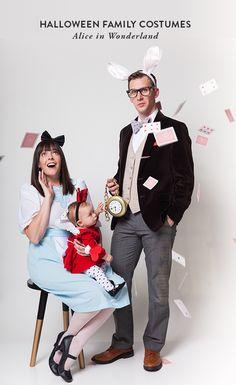 Halloween Family Costumes: Alice in Wonderland