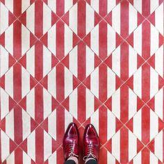 In honor of #BastilleDay we're featuring one of our fave Parisians @parisianfloors and his always gorgeous #tile finds! // #archilovers #architettura #cementtile #encaustic #handmadetiles #designhounds  #designinspiration #designdeinteriores #flooring #ihavethisthingwithfloors #floors #instagood #interiordesign #interiors #interiorinspo #idcdesigners #Paris #pattern #tileometry #tiles #tiled #tiledesign #tilelove #tilestyle #tilework #tileaddiction