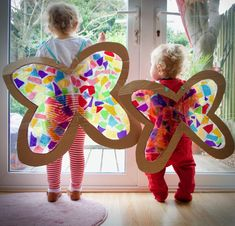 Stained Glass Butterfly Wings Costume - Family Days Tried And Tested Glass Butterfly, Butterfly Crafts, Butterfly Wings Costume, Toddler Butterfly Costume, Family Art Projects, Diy Wings, Spring Art, Child Love, Art Activities