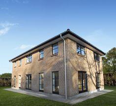 Facade fra et af vores 2 planshuse. Find mere inspiration til dit kommende hus på www.huscompagniet.dk