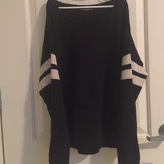 Brandy Melville Navy Veena cute. no flaws. no care tag so idk if it's wool or cotton.  -NO trades, no lowest, I am very open to offers though. -don't comment if you want to be rude or unresponsive! -yes you may ask me to model, but it may take a bit Brandy Melville Sweaters Crew & Scoop Necks