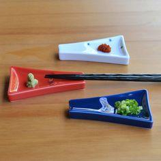 Mt Fuji tableware 箸置き・醤油皿になる富士山。 重山陶器 富士山小皿