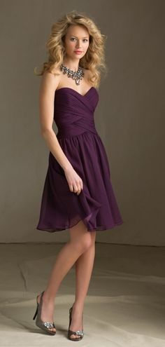 Sweetheart Chiffon Knee-length Ruched Simple Bridesmaid Dress  #wedding #dress #purple