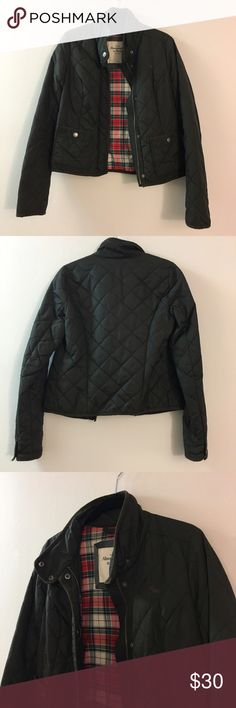 Abercrombie & Fitch brown nylon jacket size small! Abercrombie & Fitch brown nylon/polyester quilted jacket with plaid interior in size small! This lightweight jacket is great for cool spring/fall days and layering over clothes. Let me know if you have questions! Abercrombie & Fitch Jackets & Coats