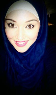 Blue Hijabi
