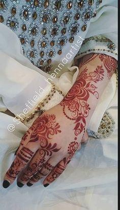 Khafif Mehndi Design, Floral Henna Designs, Arabic Henna Designs, Mehndi Designs Book, Mehndi Design Pictures, Unique Mehndi Designs, Beautiful Henna Designs, Mehndi Designs For Fingers, Latest Mehndi Designs