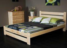 Představujeme Vám postel Kati o rozměrech 160/200 cm. Tato postel je vyrobena z masivního borovicového dřeva. Díky zpracování a tloušťce