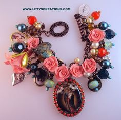"""""""Our Queen"""" Catholic Virgin Mary Cameo Saints Religious Medals Charm Bracelet 