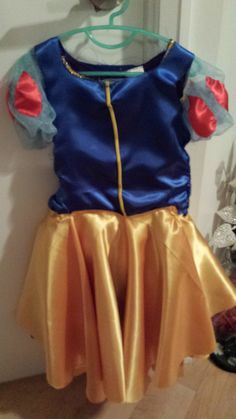 A simple yet creative approach to hand stitching your own DIY Snow White Costume for toddlers. Diy Snow White Costume, Toddler Costumes, Hand Stitching, Cheer Skirts, Desi, Asian