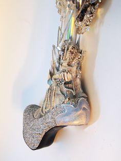 """ラトビアのアーティストによる、力強くてエロティックな""""義足ファッション""""がカッコイイ   by.S"""