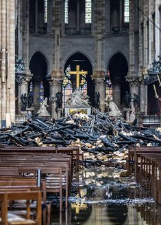 Uncertainty over time needed to rebuild Notre-Dame Through The Roof, Church Architecture, Cathedral Church, Beautiful Places To Visit, Historical Photos, Great Photos, Paris France, Survival, France