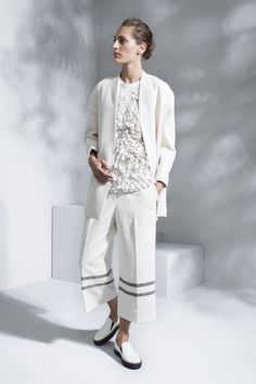 Brunello Cucinelli Spring 2016 Ready-to-Wear Fashion Show  ..oooh, pretty top! in fact so much 'yes' in one outfit... textured whites, cropped pants, long & lean jacket, yum yum all round...