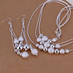 women's Frosted Spheres Silver Jewelry Set  - CAD $ 15.47