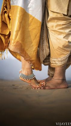 Wedding Photography reference 6492391789 to think about - Romantic help. Indian Wedding Couple Photography, Wedding Couple Photos, Couple Photography Poses, Pre Wedding Poses, Pre Wedding Shoot Ideas, Pre Wedding Photoshoot, Couple Photoshoot Poses, Couple Posing, Wedding Stills