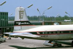 N4877C Delta Air Lines   Douglas DC-7 (cn 44681/5360 Showing…   Flickr