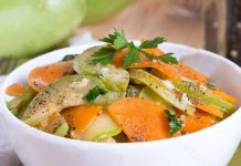 Carottes et Courgettes Vichy WW Pancakes Weight Watchers, Menu Leger, Thai Red Curry, Potato Salad, Ethnic Recipes, Desserts, Food, Simple, Cooking Recipes