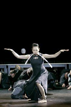 """Asobu"" by Josef #Nadj. #Dance. VIE Scena Contemporanea #Festival 2006"