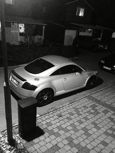 Audi TT in the dark