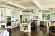 Kitchen Designs. Beautiful Large Open Space Kitchen with Elegant Island Design Ideas. Cool Kitchen Layout Designs with Islands