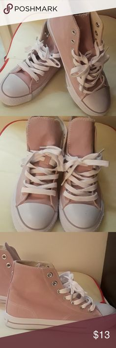 NEW AIRWALK hightops NEVER WORN canvas SHOES. Cute pink with white trim and shoe strings. Airwalk Shoes Sneakers