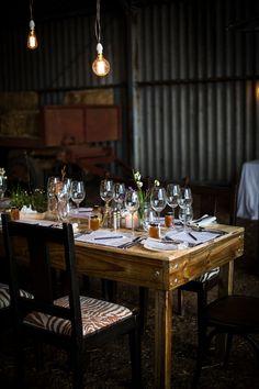a spring pop-up dinner at bartholomeus klip Pop Up Dinner, Africa Style, Luxury Accommodation, South Africa, Flower Arrangements, Dip, Restaurants, Table Settings, Hotels