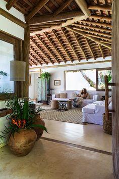 Apaixonados pelo calor baiano, casal constrói casa de veraneio | Arquitetura e Construção