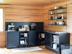 Cabin Interior Design, Interior Decorating, Black Kitchens, Home Kitchens, Kitchen Dining, Kitchen Decor, Summer Cabins, Cabin Interiors, Cozy Cottage