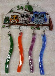 Painted Glass Art Old Windows Key: 6933079234 Glass Wind Chimes, Diy Wind Chimes, Mosaic Art, Mosaic Glass, Fusion Art, Glass Animals, Fused Glass Art, Glass Material, Glass Birds