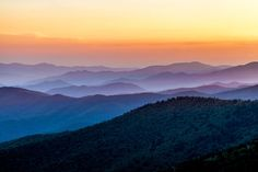 The beautiful #Colors of Great Smoky Mountains National Park Sunset by Thomas Lohest on Binnovart