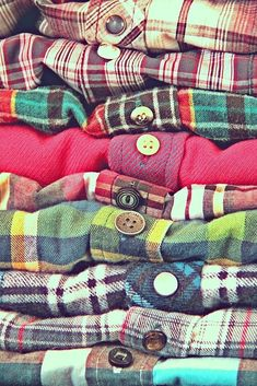 Flannels and plaid. Check out our website at www.prettieencyclopedia .com to read more on this topic