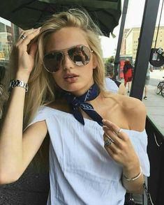 Romee Strijd Bandana Girl, Bandana Top, Bandana Scarf, Bandana Outfit, Bandana Styles, Bandana In Hair, Europe Outfits Summer, Rome Outfits, 2017 Outfits