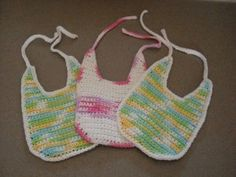 Cotton Bib - free #crochet pattern, perfect for adding embellishments!