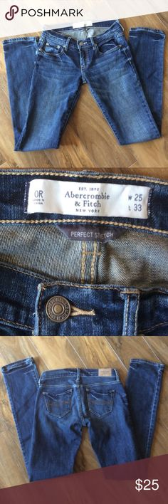 🌺Abercrombie & Fitch jeans🌺 Waist 25 / Length 33 Kids are growing so fast that these jeans are still in amazing condition! * Excellent Condition * Very Gently Used * Smoke-free home  * I would be happy to take specific measurements on request.  * No offer refused! 😀 Will either accept or counter Abercrombie & Fitch Jeans