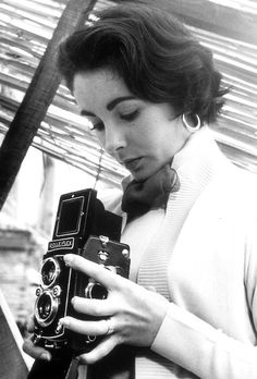 Elizabeth Taylor, the most photographed woman of the 20th Century, tries her hand at photography.