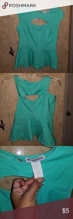 Cute Top Cute Top; Cut Out Area in chest; Diamond Shape Cut Out In Back; Only Worn a few times Body Central Tops