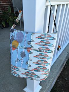 Purse Palooza, review of Swoon Bonnie Bucket Bag at Sew Sweetness