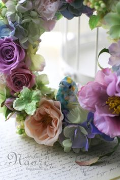 コラージュバードとローズのリース パープルグリーン Bird Wreath Flower Garden Flower Wreaths, Rose, Flowers, Plants, Ideas, Floral Crowns, Pink, Floral Wreaths, Roses