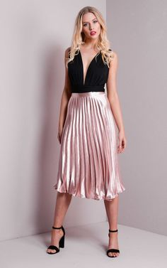 Promesa USA Pink and Silver Pleated Metallic Midi Skirt. Style: 1734S #PromesaUSA #Pleatedskirt #adaniasboutique #ootd #shopping #ocboutique