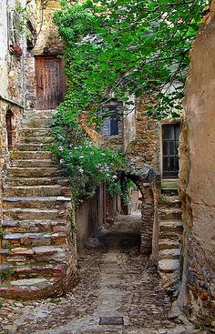 Provence, France ~ old architecture is cool! Places Around The World, The Places Youll Go, Places To See, Around The Worlds, Belle France, France 1, Beaux Villages, France Photos, Provence France
