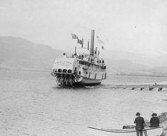 SS Okanagan going into the water at Okanagan Landing Ship Yards Vernon Bc, Canadian Pacific Railway, Steam Boats, Canadian History, Historical Photos, British Columbia, Paddle, Vintage Photos, Yards