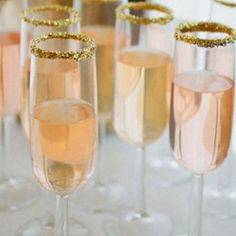 Glitter Sugared Rim...an easy way to add an elegant touch to a passed drinks as your guests arrive.