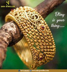 Azva gold flower bangle on WeddingSutra bride Gold Bangles Design, Gold Jewellery Design, Gold Jewelry, Glass Jewelry, Pandora, Indian Jewelry, Indian Gold Bangles, Fashion Jewelry, Fashion Earrings