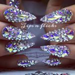 "319 Likes, 4 Comments - Tips N Flicks Nails (@tipsnflickss) on Instagram: ""Ombré goal 😍👏🏻 #acrylicnails #glitternails #nailporn #nailsofinstagram #nailtech #nailgasm…"""