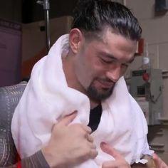 Roman Reigns Smile, Wwe Roman Reigns, Romans 3, Roman Reings, Love Your Smile, Wrestling, Undertaker, People, Husband
