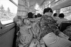 Каждая фотография Ролова – это настоящая удача фотографа, удивительные моменты счастья, радости, детского восторга и буря эмоций. Это картины прошлого,…