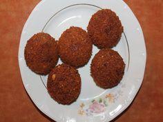 Falafel - Bucataria cu noroc Falafel, Grains, Rice, Food, Essen, Falafels, Meals, Seeds, Yemek