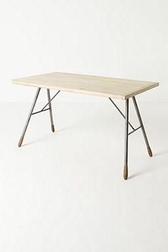 Delwyn Desk